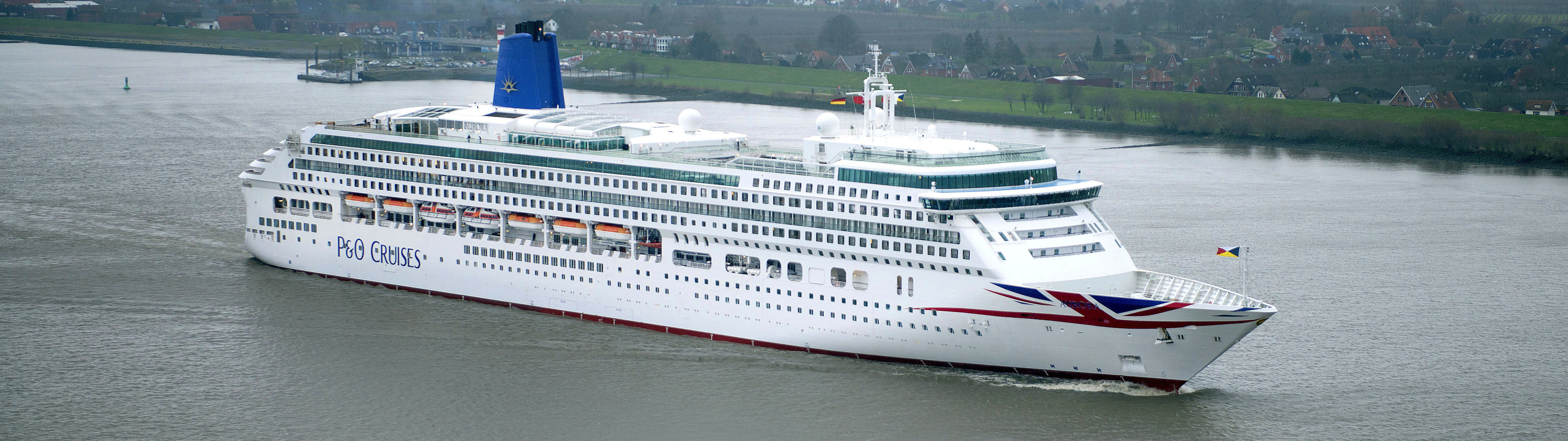 P&O Cruises Aurora.jpg